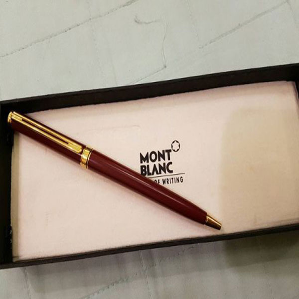 Doanh nhân lưu ý khi mua bút ký Montblanc